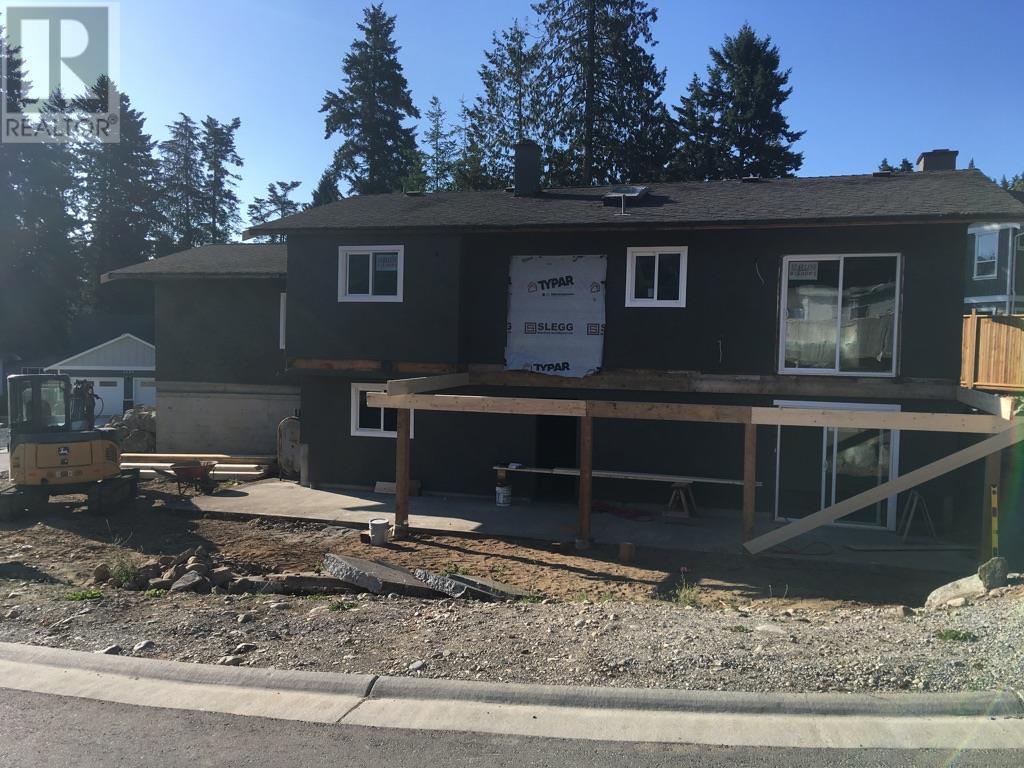 <h3>$659,900</h3><p>3299 Marty Lane, Victoria, British Columbia</p>
